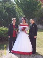 A mámou a sestrou Míšou
