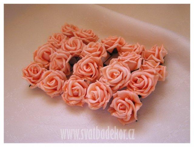 Inspirace - meruňkové růžičky .... 20 ks/80 Kč