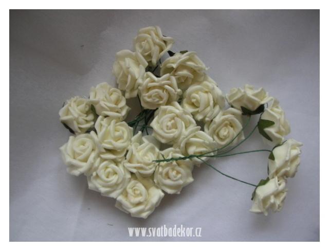 Inspirace - bílé růžičky .... 20 ks/80 Kč