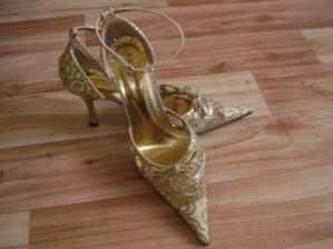 moje svadobné botičky