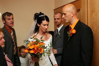 ženich si přišel pro nevěstu..