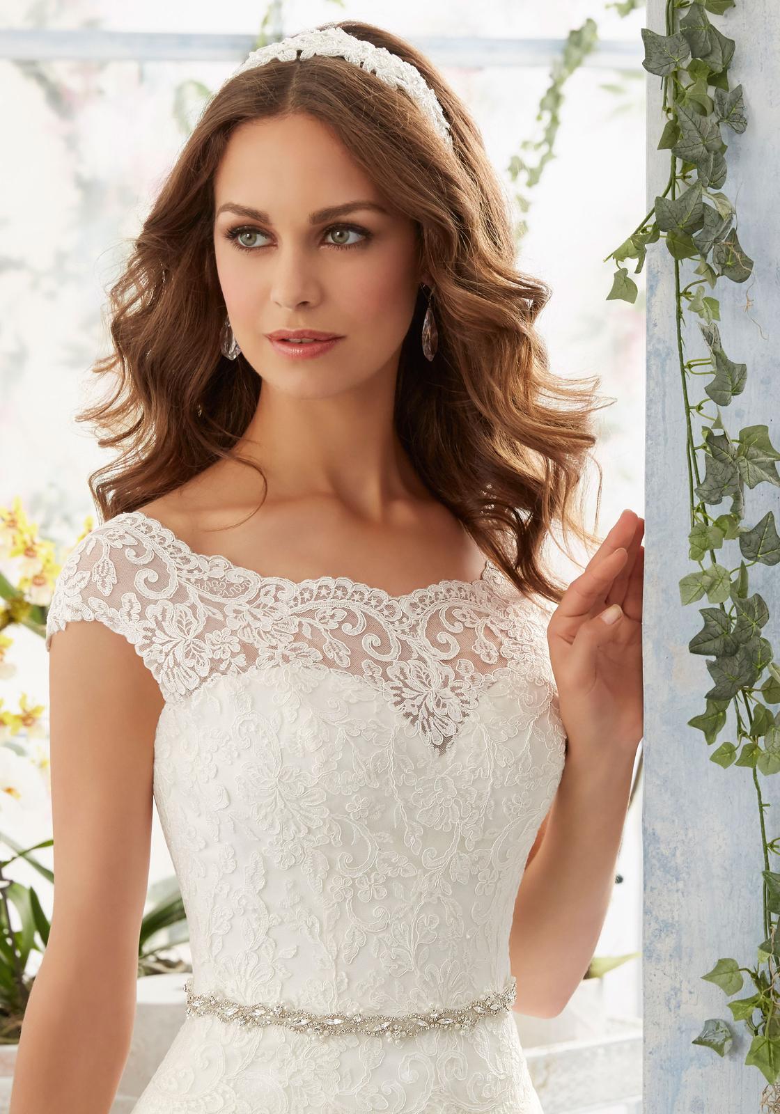 Svadobné šaty JASMINE v salóne v BA - JASMINE - nová kolekcia