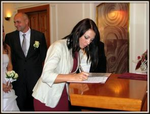 druhy raz podpis do svad.knihy :-D