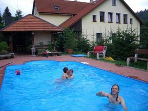 super bazén (hlavně v noci....)