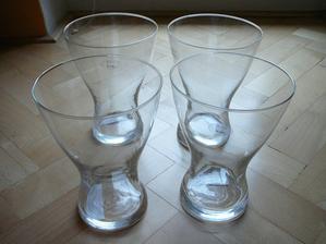 Vázy na stůl