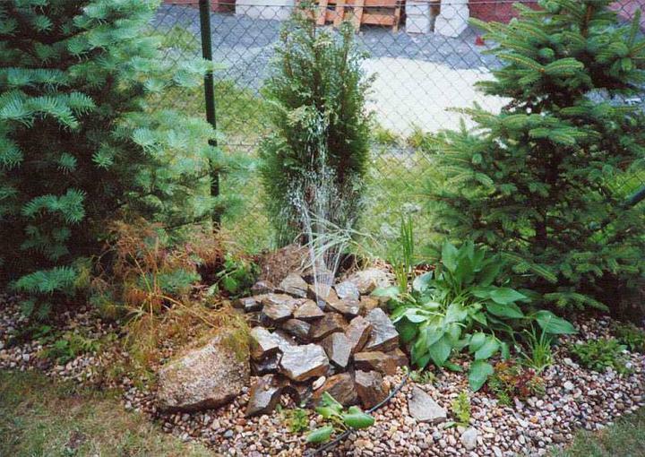Voda v záhrade - Obrázok č. 37