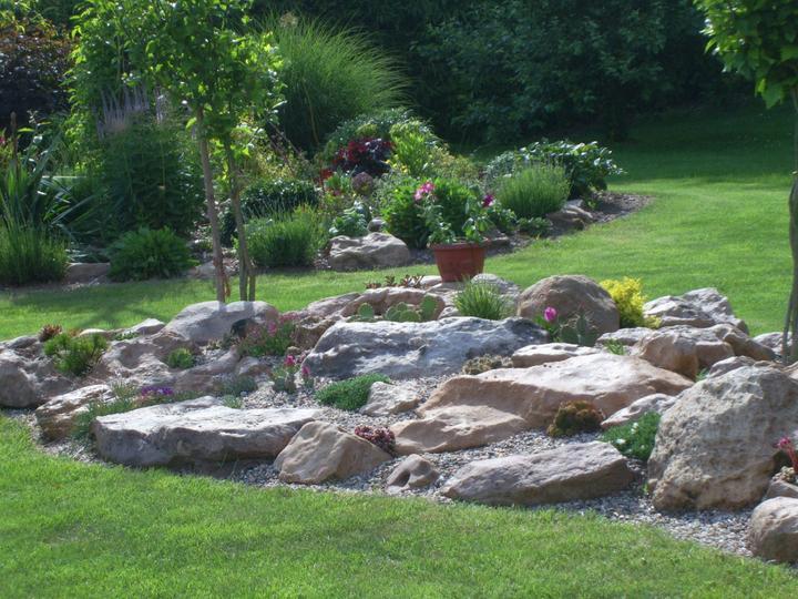 Skalky,skalničky a všeličo do záhrady - Obrázok č. 75