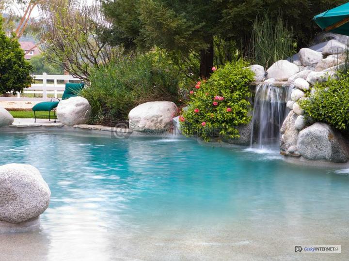 Voda v záhrade - Obrázok č. 144