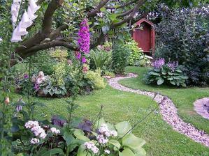 záhrada plná romantických zákutí