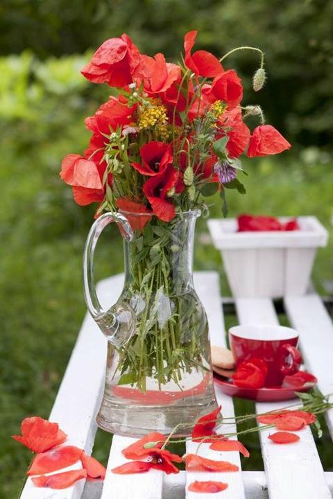 Dekorácie s lúčnymi kvetmi - Obrázok č. 4