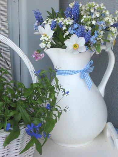 Dekorácie s lúčnymi kvetmi - Obrázok č. 18
