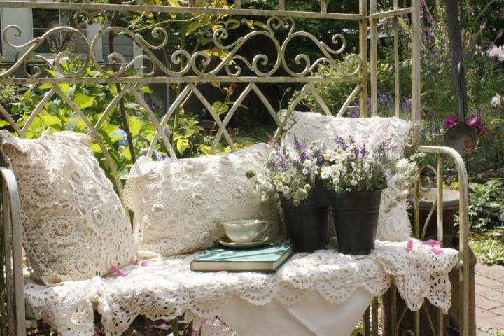 Dekorácie s lúčnymi kvetmi - Obrázok č. 60