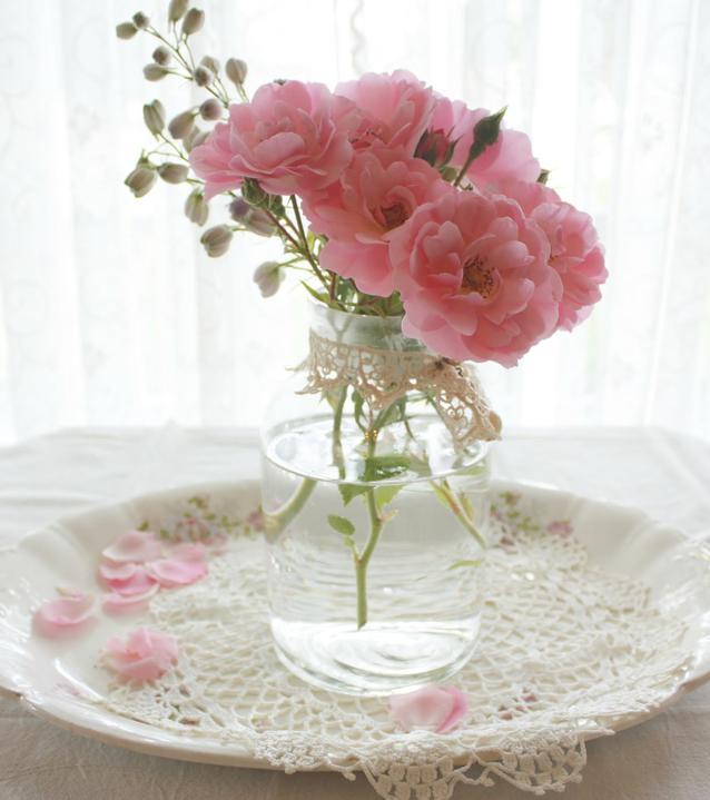 Dekorácie s lúčnymi kvetmi - Obrázok č. 65