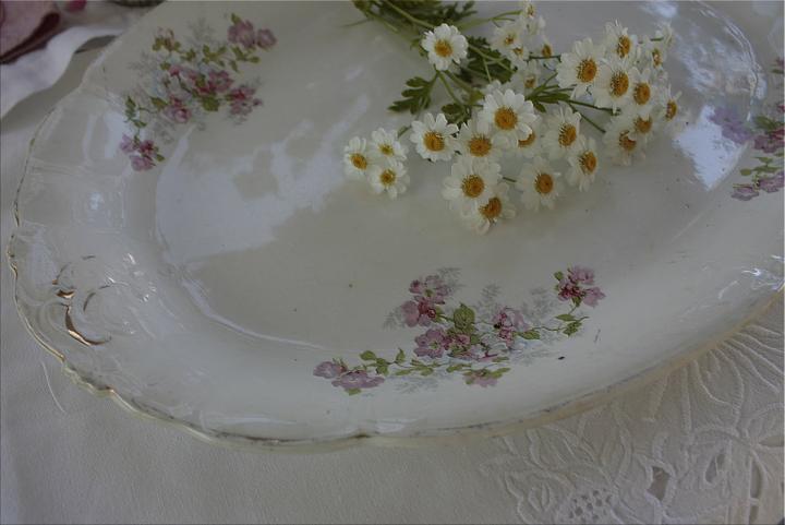 Dekorácie s lúčnymi kvetmi - Obrázok č. 68