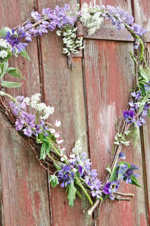 Dekorácie s lúčnymi kvetmi - Obrázok č. 99