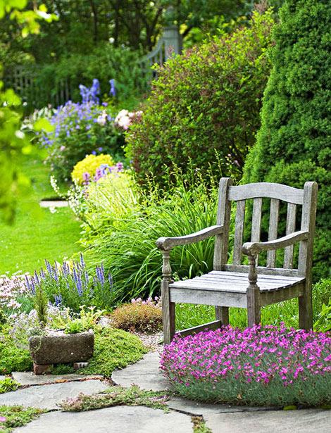 Krása divokej záhrady - každé zákutie má svoje kúzlo