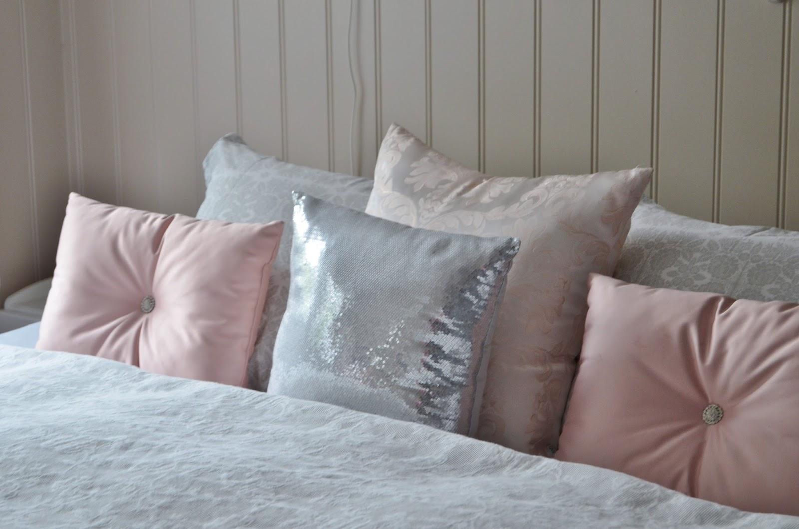 Romantika v interiéri spríjemní domov... - Obrázok č. 29