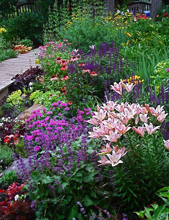 Záhrada,ktorá ťa nikdy neomrzí...divoká a krásna - Obrázok č. 54