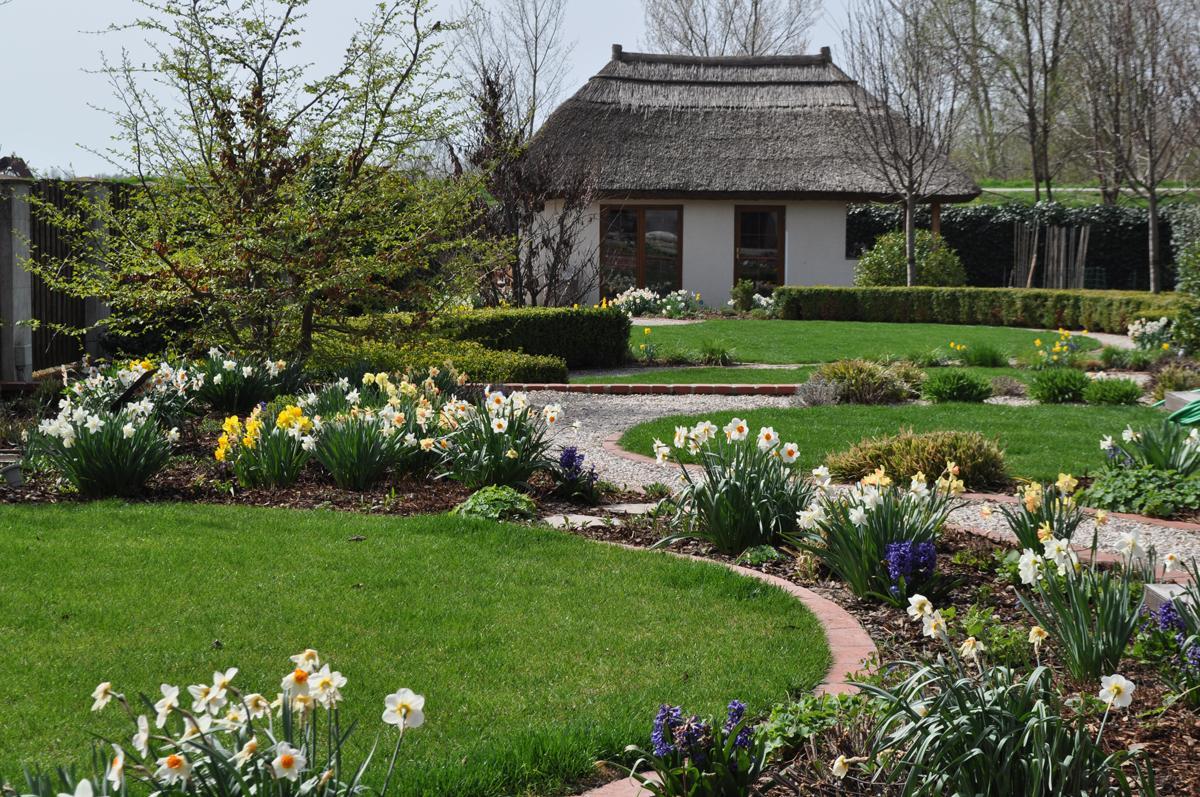 Záhrada,ktorá ťa nikdy neomrzí...divoká a krásna - Obrázok č. 213