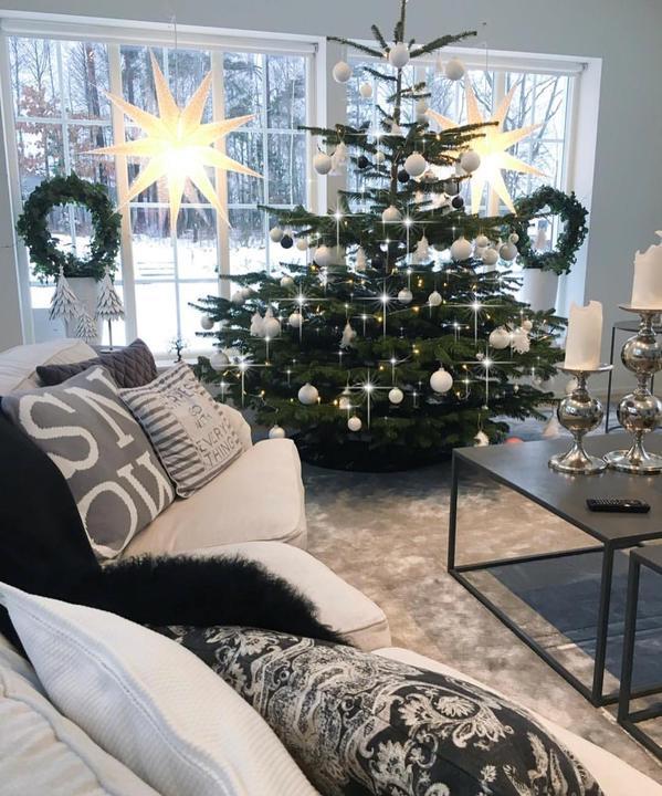 Škandinávsky interiér s vianočnou atmosférou - Obrázok č. 248