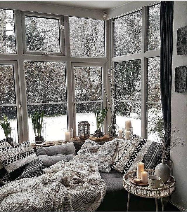 Nadčasovosť severského štýlu bývania - Krásny kútik na snívanie,čítanie a oddych...