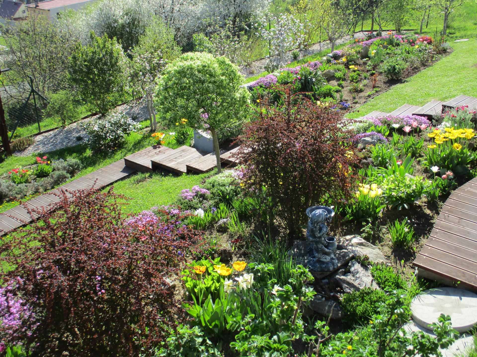Jar v našej záhrade - Obrázok č. 33