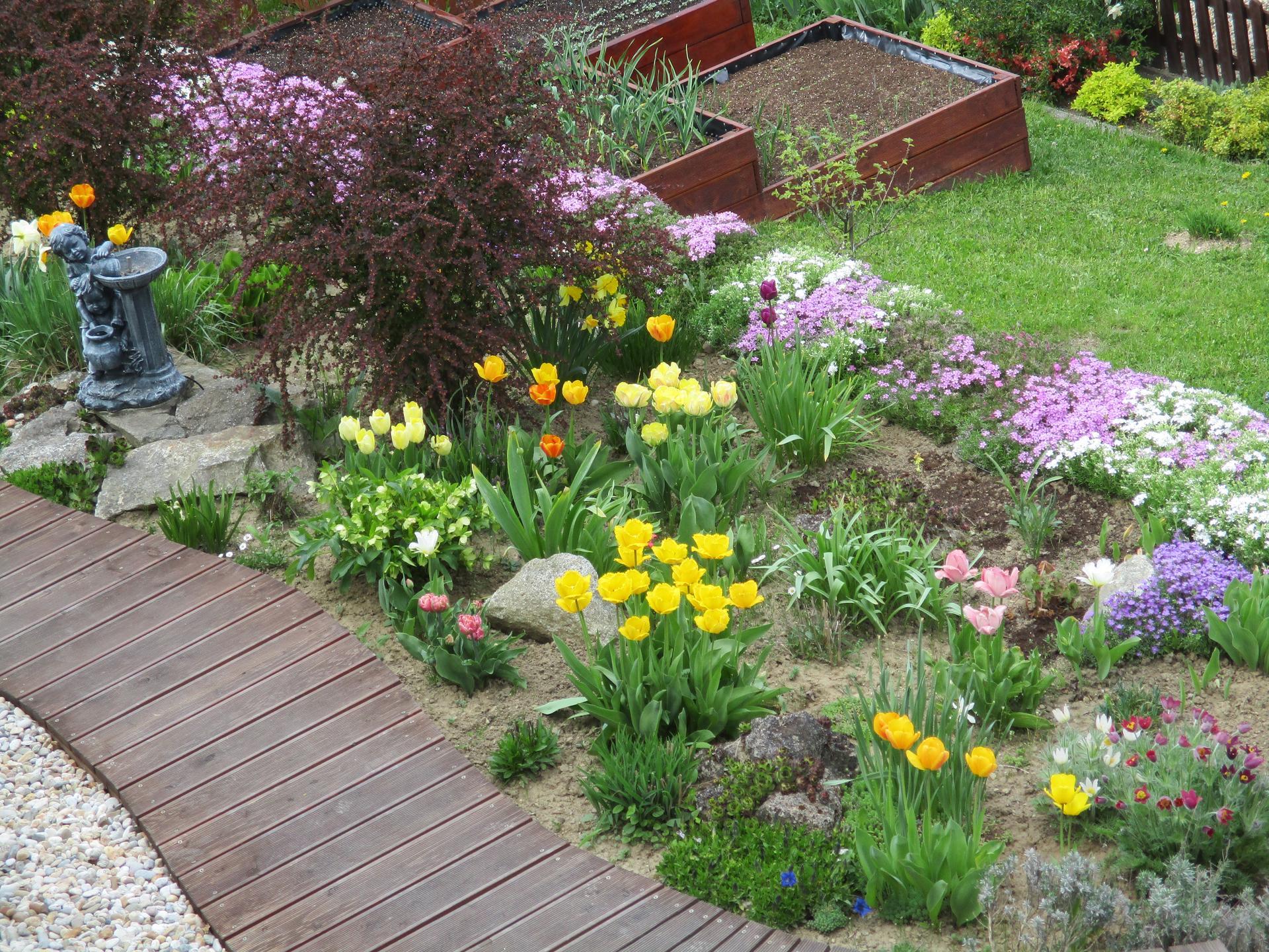 Jar v našej záhrade - Obrázok č. 41