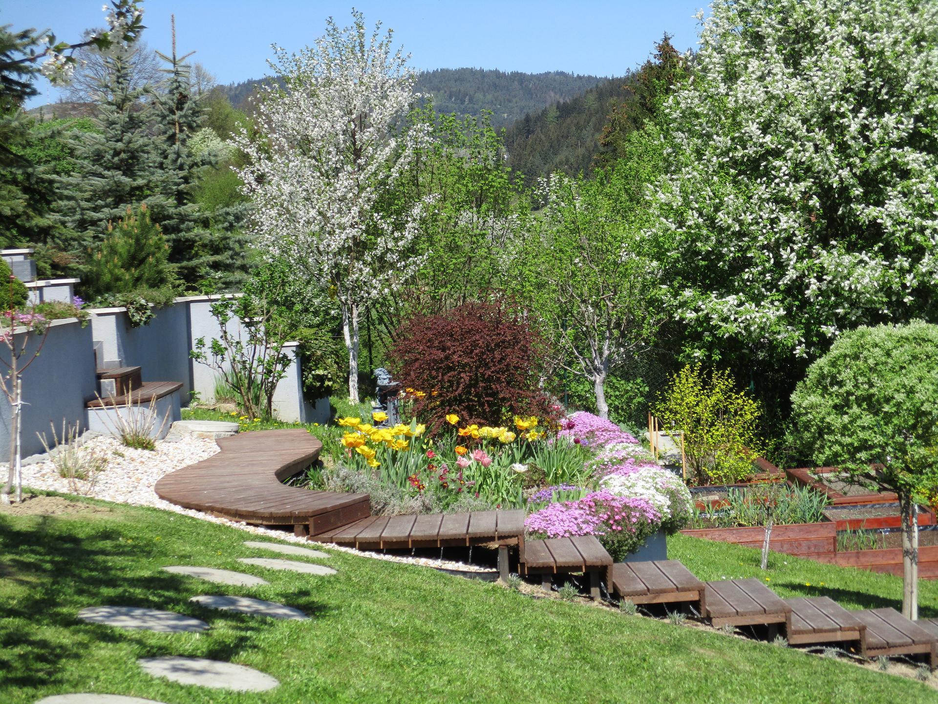 Jar v našej záhrade - Obrázok č. 44