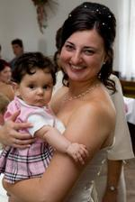 Nejmladší svatebčanka Pavlínka (7 měsíců) - taky nemá příčesek :-)