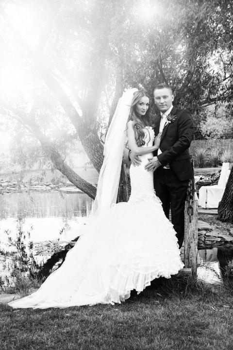marieedesign - No úprimne povedané, kvôli Vašim závojom by som si svadbu určite ešte zopakovala, ale asi už pre nič iné :-)) Naozaj môžem potvrdiť, že z nich som bola absolútne najviac nadšená!!