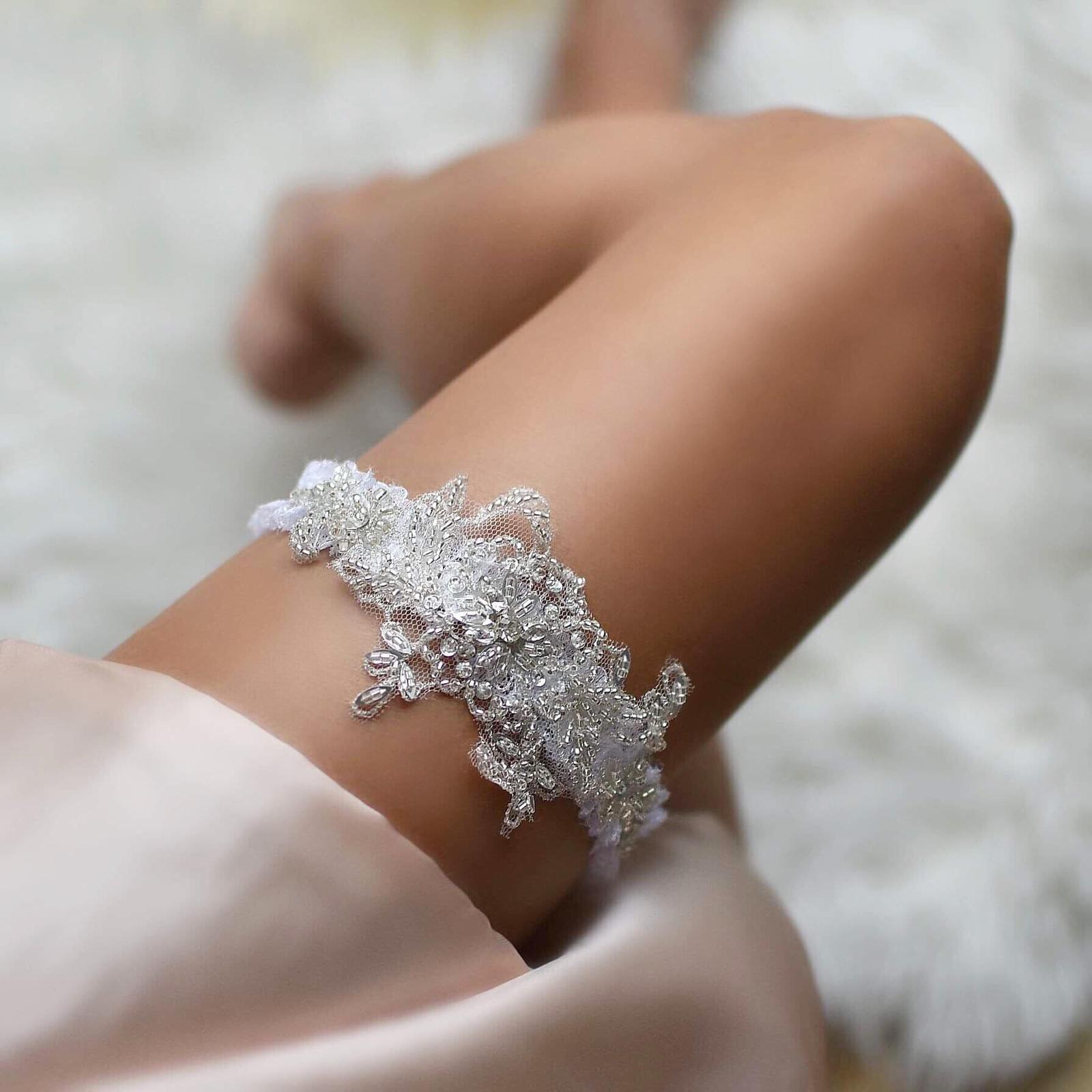 Najnovšie svadobné podväzky z dielne MARIEE DESIGN - Objednáš v eshope: www.marieedesign.sk