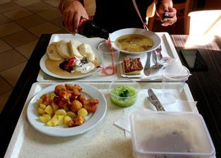 Skromný oběd s kamarádkou :-D