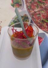 Pštrosí paštika na jablečném pyré - tuhle kombinaci prostě miluju paštika a ovocné pyré pochutnala jsem si