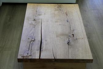 konferenční stolek na místě :-)