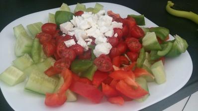 Léto pomalu začíná a s ním končí teplá strava a přichází chutě na ovoce a zeleninu