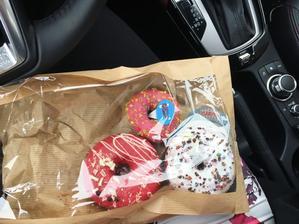 naše první donuty :-D