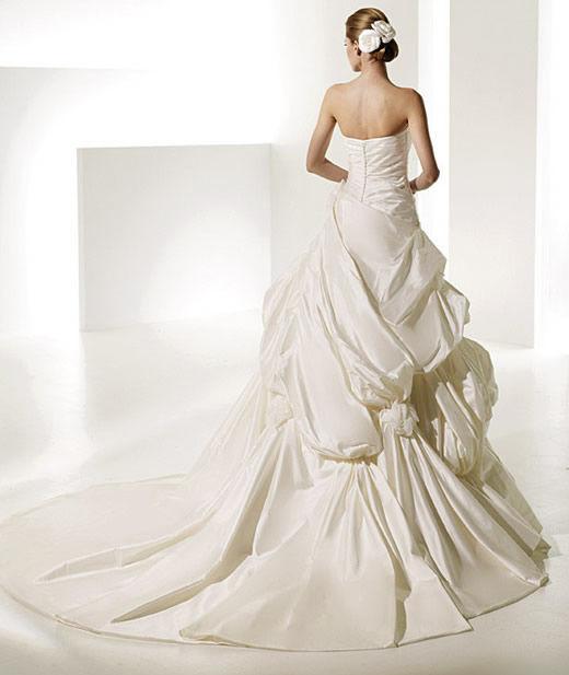 Moje svadobné spomienky - Model Trueno - Manuel Mota for Pronovias