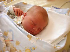 2 dny po narození