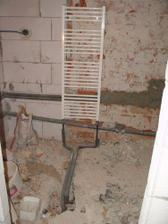...radiator v kupelni...