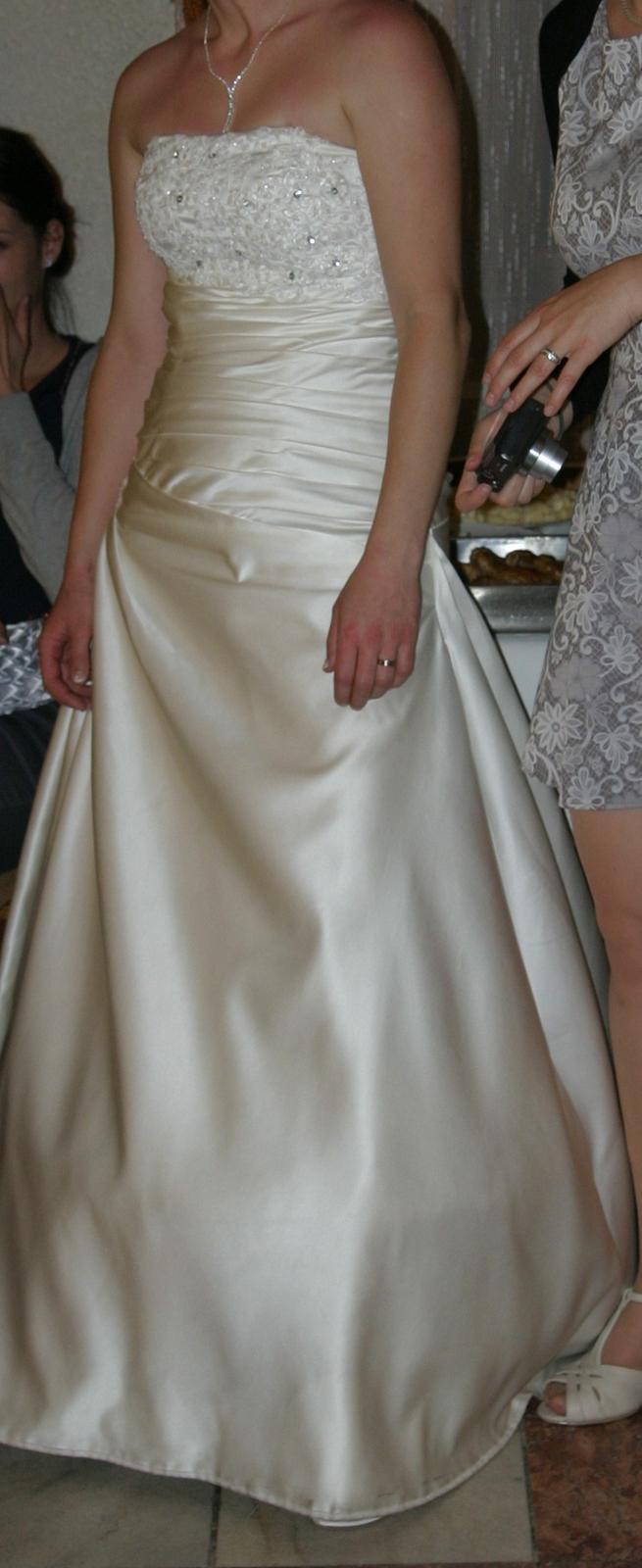 Svatební šaty, vel. 38-40 - Obrázek č. 1