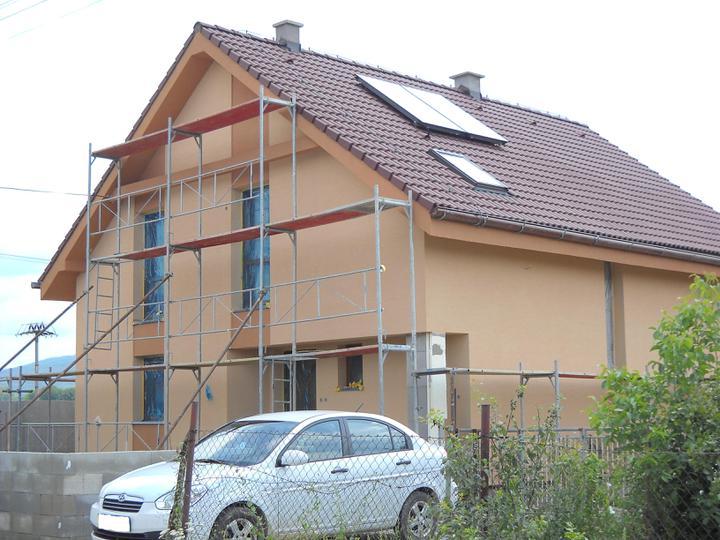 Náš domček - fasáda hotová:-)))