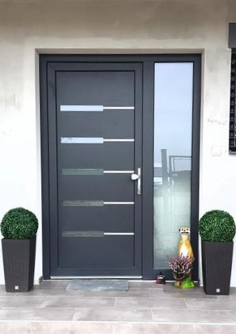 Realizácie vchodových dverí u zákazníkov s GAVA dvernými výplňami - GAVA 953L