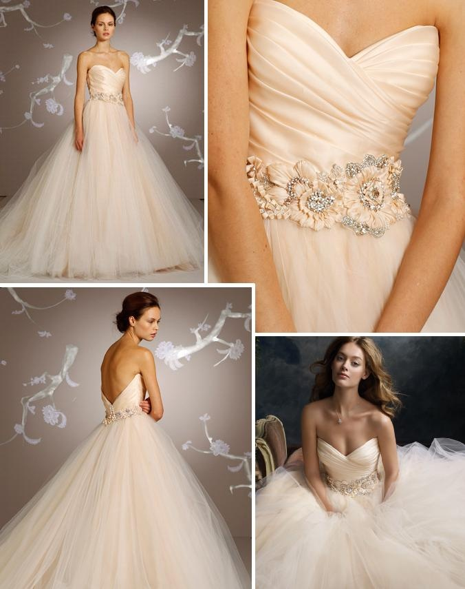 Moja predstava 👰🏻 - Šaty od Lazara ☺...v jednoduchosti je krása,ale keď mne tam chýba tá čipka😂