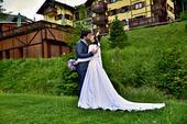 Svadobné šaty so saténovou sukňou s vreckami, 38