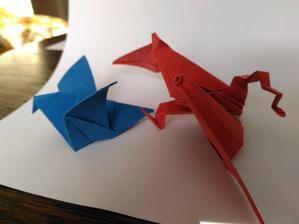 Dráček a ptáček jako výzdoba na stůl