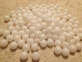 Pingpong míčky na výrobu 10m světelného řetězu,