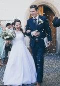 Svatební šaty pro malou nevěstu, 36
