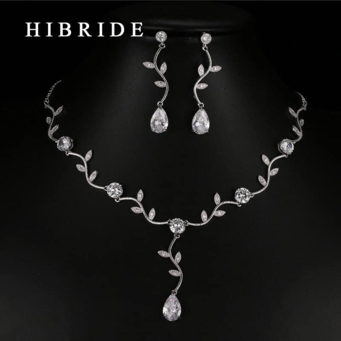 set naušnic a náhrdelníku - Obrázek č. 1