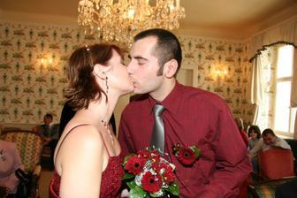 Polibte nevěstu...