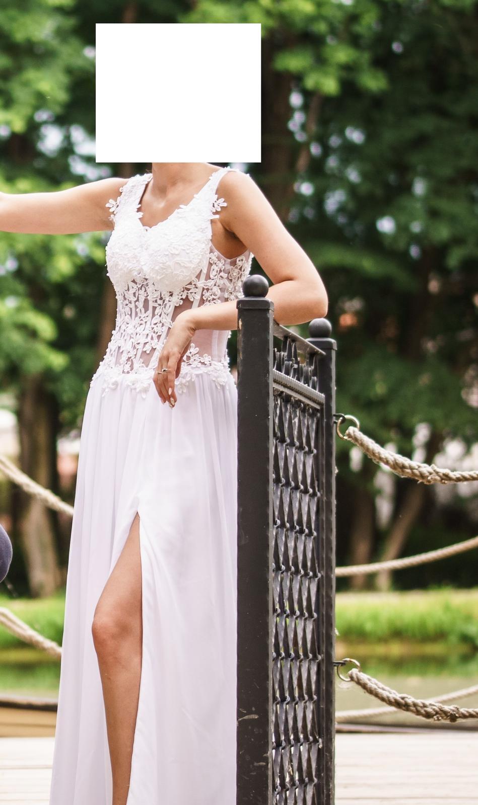 Popolnočné alebo svadobné šaty - Obrázok č. 1